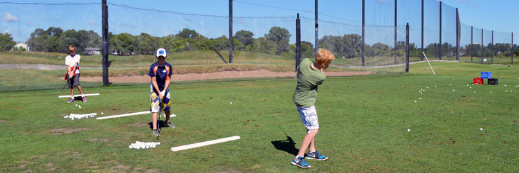 Junior golfer at The Ponds at Battle Creek